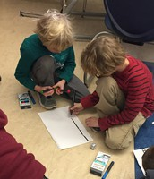 Glenside Students Code with Ozobots
