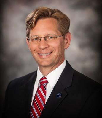 Dr. Eric Mackey