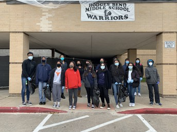 Tigers and Hodges Bend MS Work Together