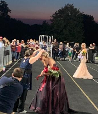 MeKenna Betzer Crowned Queen by 2019 Queen Fiona Newcomer