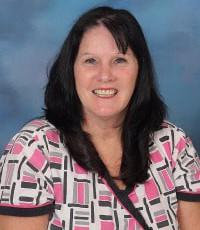 Lavonne Rusmisel, cafeteria manager