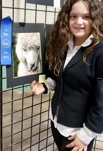 Strayer student impresses judges at alpaca event