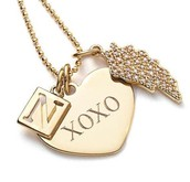 SIGNATURE ENGRAVABLE HEART CHARM, gold