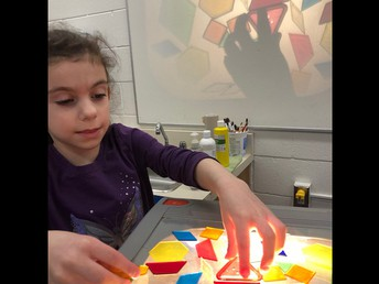 Playing with colour and light in Kindergarten