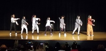 MPHS KPOP Dance Club Performing!