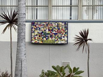 Instalación del Mural de Mosaico