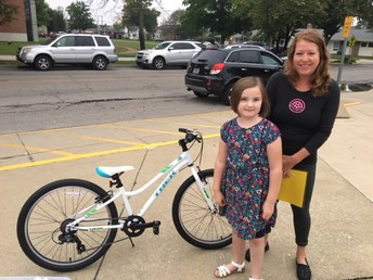 Ellie wins the Quarterly Husky Gram Drawing! Thank you to the Bicycle Station!