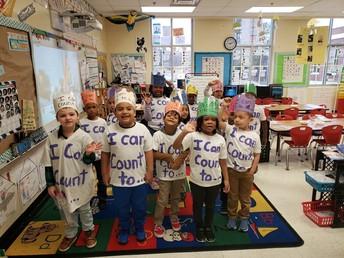 January Year in Review!  100th Day of School  Enero año en revisión! 100º día de escuela