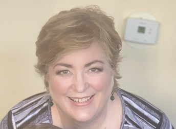 Ms. Ebersold - Interventionist / Srta. Ebersold - Intervencionista