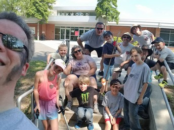 Parkwood Elementary Clean-up Day