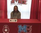 Lauren Hanlon Commits to Xavier University for Volleyball!