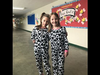 Pajama parties related to reading goals were abundant this week at CES in celebration of Dr. Seuss' birthday!