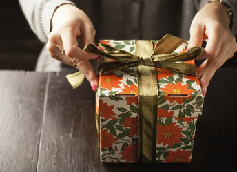 Gift Wrapping Fundraiser for Urbana High School