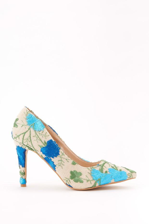 women-shoes-pumps