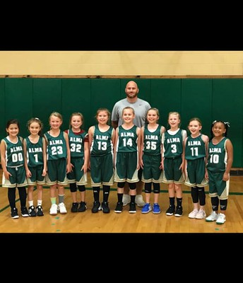 3rd, 2nd and 1st grade Alma Airedales: