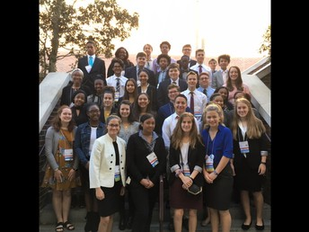 7 FBLA Members Qualify for Nationals