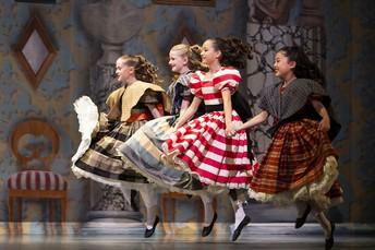 Watch the Pacific Ballet's Nutcracker
