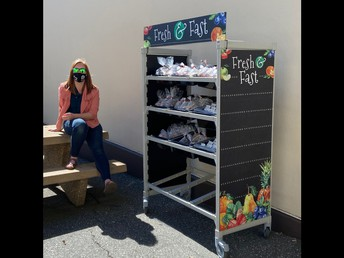 A look at one Grab-n-Go lunch station