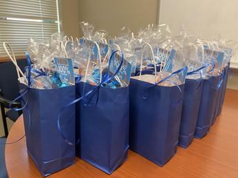 Blue Ribbon Bags!