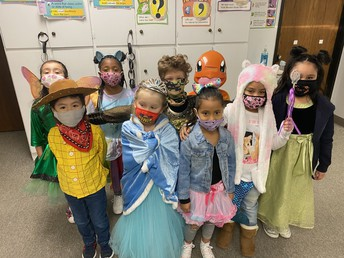 The class of Ms. Harris in their costumes!!