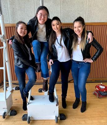 Jessica, Sophia, Adriana & Maria
