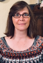 Annette Jones Implements a Book Club in SAISD