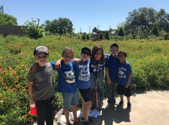 1st Grade Field Trip to Botanical Gardens