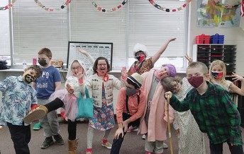 2nd Grade's 100 Year Olds