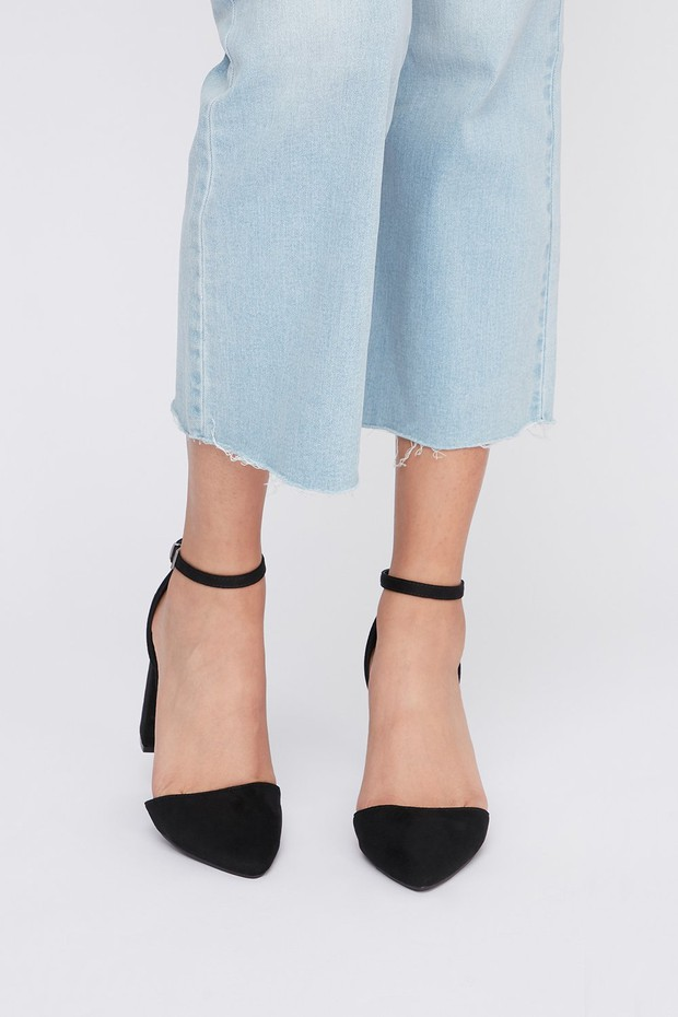 women-shoes-ankle strap heels