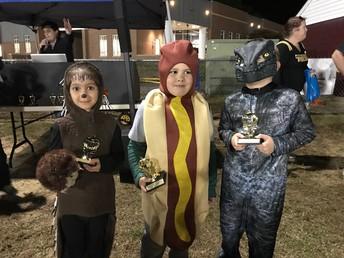 K & 1 costume contest