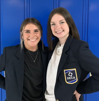 Two DECA students at CHS place high in national competition