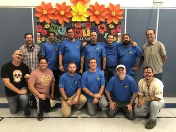 """""""Dadelante"""" volunteers cooked up a storm Día de los Muertos"""