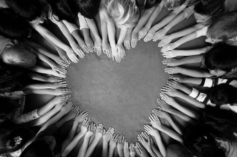 Hands Make Hearts Picture