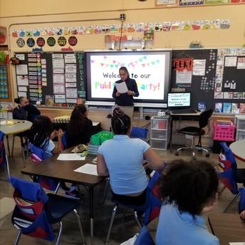 Isabella compartiendo su narracion con la clase!