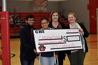 GISD students show support for one of our own