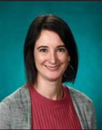 New Lake Grove Principal Jennie Knapp