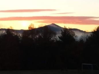 Mist below the mountain