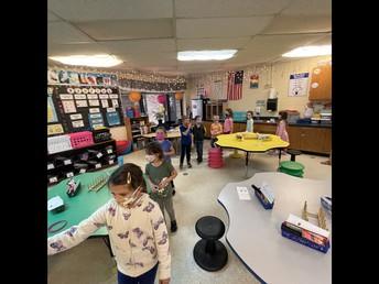 Mrs. Jeni, Mrs. Stacie and Mrs. Chelsay's Class Tour Kindergarten Classroom