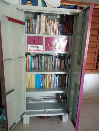 Bringing Libraries to Low-Income Areas, Schools in India