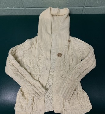 Cream girls cable sweater - no tag maybe size 7/8?