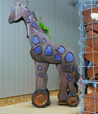 Steel Giraffe by Tim Kaulen