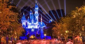 Walt Disney World & Disneyland