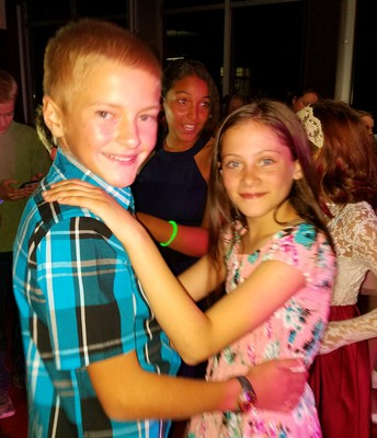A few picture from the 6th grade dance