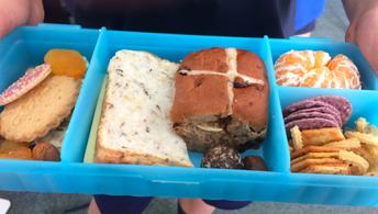 WOW lunchbox