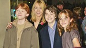 Biography- Joanne Rowling