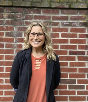 Ms. Cassidy Uscilowski