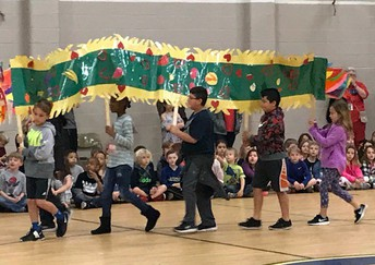 Dragon Dancers take the stage