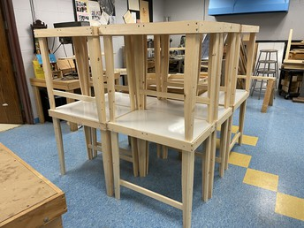 O'Maley Staff Builds More Desks!