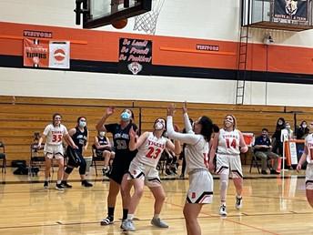 Girls Basketball!