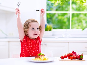 8 Ways to Get Picky Eaters to Become More Adventurous